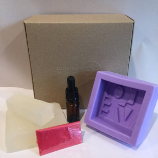 LOVE mini soapmaking kit