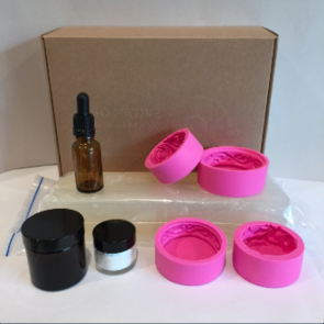 Melt and pour soapmaking kit 3